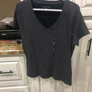 Tommy Hilfiger v neck t-shirt size XL new